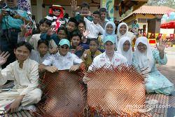 Petronas day in Kuantan, Malaysia: Felipe Massa and Nick Heidfeld