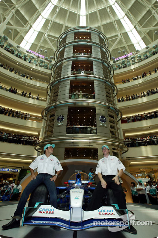 Tourism in Kuala Lumpur: Felipe Massa and Nick Heidfeld