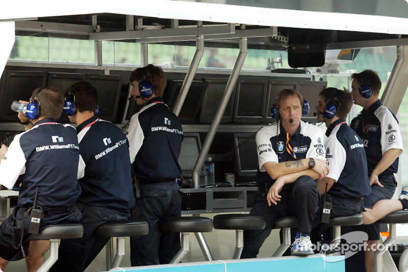 Team Williams pitwall