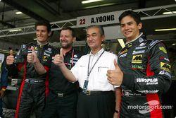 Mark Webber, Paul Stoddart, el Rey de Malasia y Alex Yoong