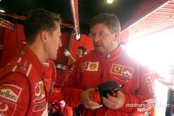 Michael Schumacher ve Ross Brawn
