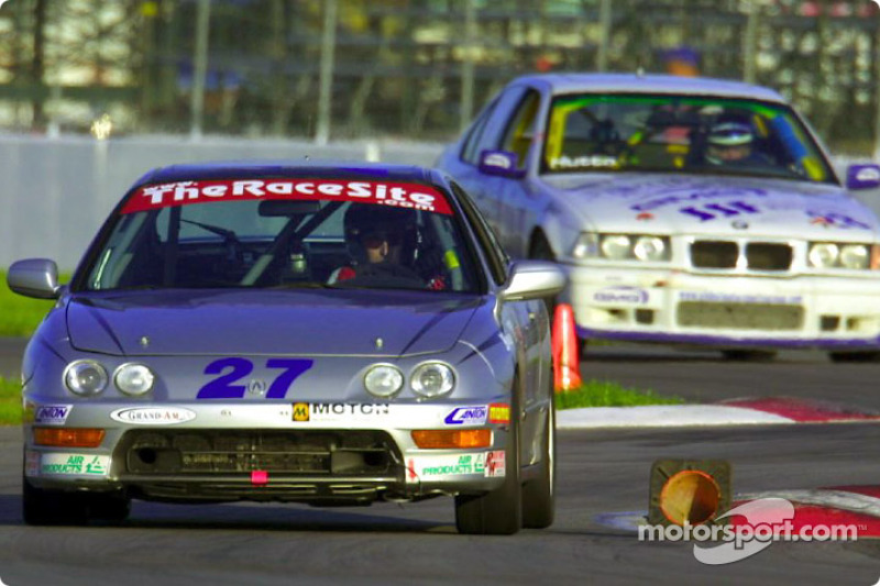 Bill Fenton drove his #27 Acura Integra LS to the Sport Touring II pole