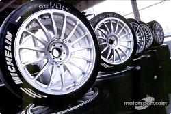 Train de pneus