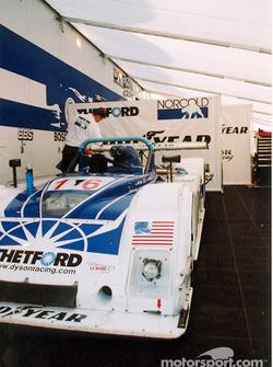 Garage Dyson Racing