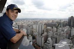 Felipe Massa visitando el centro de Sao Paulo