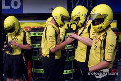 Team Jordan getting ready for pitstop practice