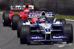 Juan Pablo Montoya y Michael Schumacher