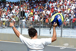 El héroe local Felipe Massa
