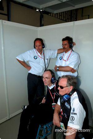 Frank Williams, Patrick Head, Gerhard Berger et Dr Mario Theissen