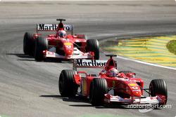 Rubens Barrichello, Ferrari F2001, Michael Schumacher, Ferrari F2001