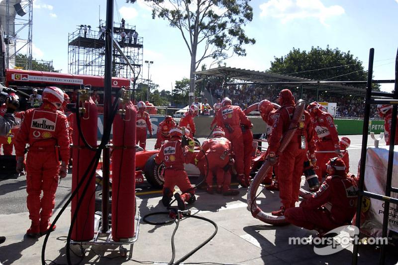 Parada en boxes de Michael Schumacher