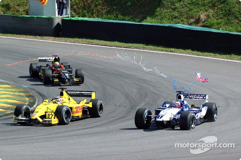 Juan Pablo Montoya sin alerón delantero