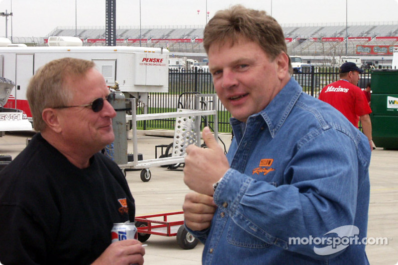 Jimmy Spencer telling stories again