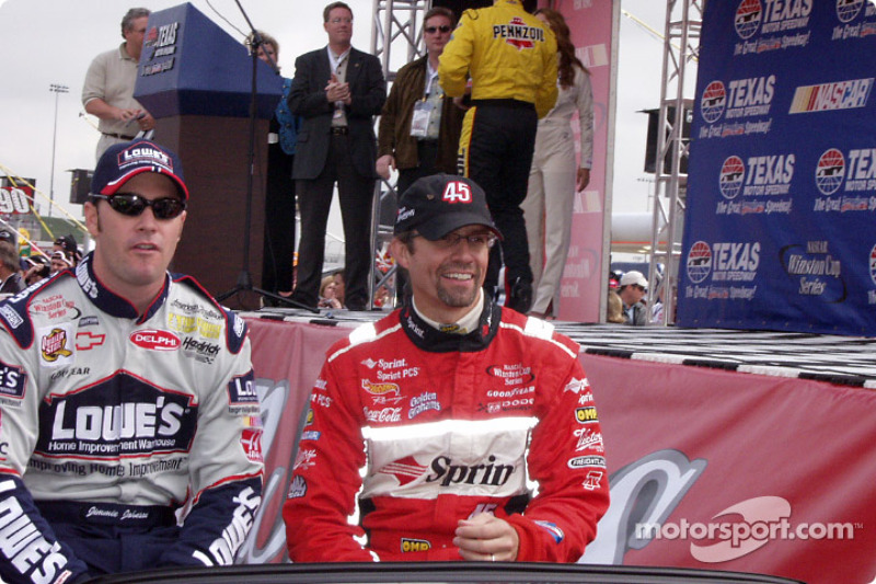 Jimmie Johnson y Kyle Petty