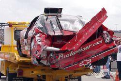 La Chevrolet endommagée de Dale Earnhardt