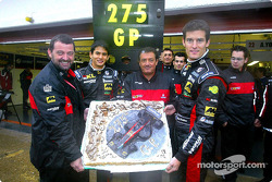 275 Grandes Premios para Minardi: Paul Stoddart, Alex Yoong, Gian Carlo Minardi y Mark Webber