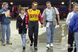 Motorsport.com's Tom Chemris with Mike Skinner