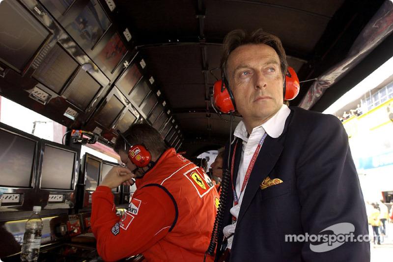 Luca di Montezemelo at Ferrari pitwall