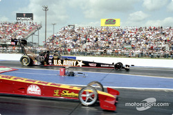 Early round win for Tony Schumacher