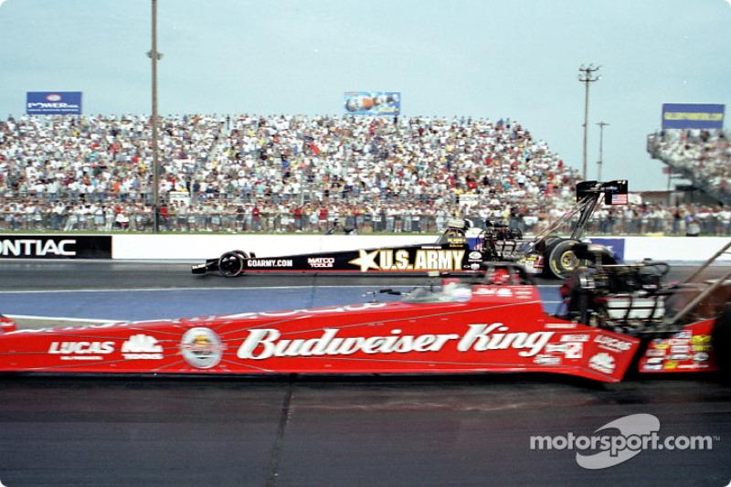 Kenny Bernstein (near lane) wins Top Fuel over Tony Schumacher