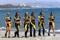 Les charmante Pirelli Girls