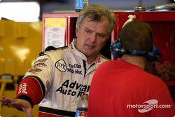 El piloto de ARCA, Frank Kimmel, quien llevó patrocinios a Travis Carter Racing arrancará el #26 Adv