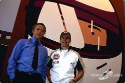 Julian Opie réunit l'art et la Formule 1 : Julian Opie et Olivier Panis