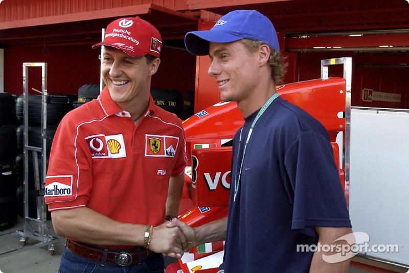 Michael Schumacher y el campeón australiano de tenis, Lleyton Hewitt