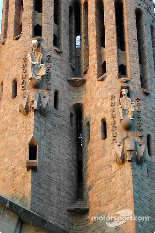 La famosa catedral de la Sagrada Familia de Antonio Gaudi