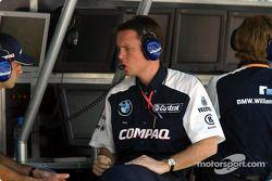 Team Williams crew member