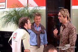 Jacques Villeneuve con Per Gessle de la banda sueca de pop, Roxette