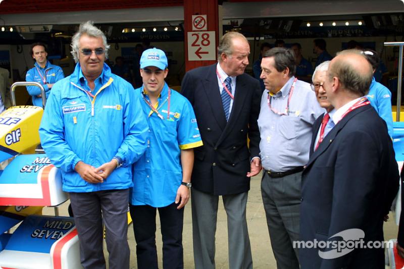 Flavio Briatore, Fernando Alonso, el Rey Juan Carlos y Patrick Faure
