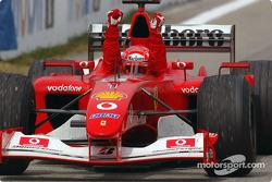 Race winnaar Michael Schumacher