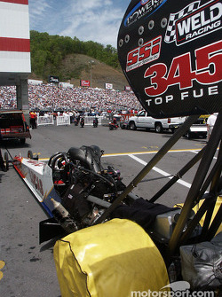 Top Fuel in staging lane