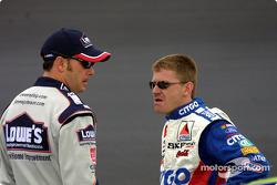 Jimmie Johnson y Jeff Burton