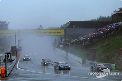 La arrancada tras el safety car