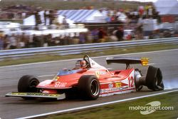 Gilles Villeneuve at full speed on three wheels