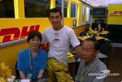 Takuma Sato et ses parents