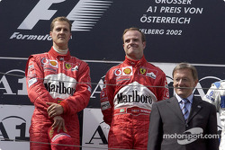 Het podium: Michael Schumacher en Rubens Barrichello