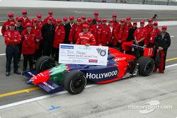 Tony Kanaan et le Mo Nun Racing team