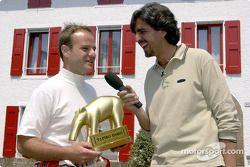 Rubens Barrichello receiving the 'Golden Tapir'