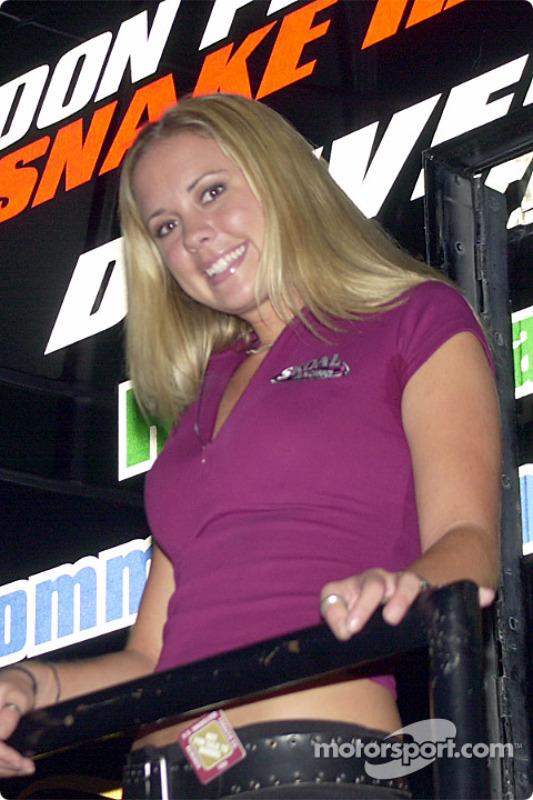 The Skoal girl