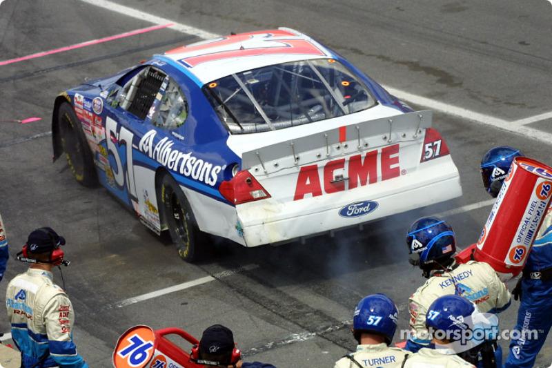 Race winning two tire stop