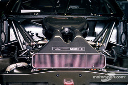 Motor des Mercedes-Benz CLK-DTM