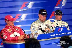 Conférence de presse : le vainqueur David Coulthard avec Michael Schumacher et Ralf Schumacher