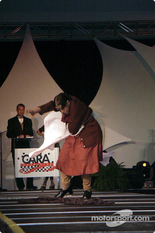 charity-2002-cara-be-0129
