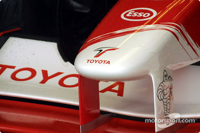 Toyota nose tip