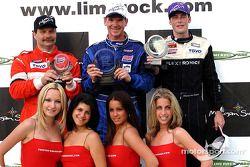 Le podium : le vainqueur Randy Pobst avec Johannes van Overbeek et Jeff McMillin