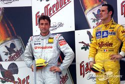 Le podium : le vainqueur Laurent Aiello avec Bernd Schneider