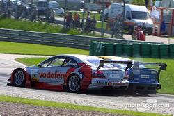 Bernd Schneider, Team HWA, AMG-Mercedes CLK-DTM 2002; Alain Menu, OPC Euroteam, Opel Astra V8 Coupé